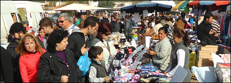 Busy market stall at Estoi