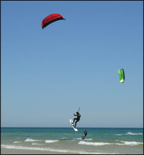 kite surfing at fabrica in the algarve